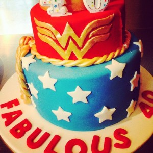 wonderwoman-cake-40th-birthday-mofolounge-moroccolounge-privatefunction-privatefunctionroom-prahran-